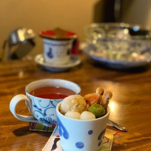 冷たい甘味や食事メニューも追加!茶処『鶴亀して万年』土岐市下石町に和カフェがオープンしてまんねん♪なかなか良い雰囲気の隠れ家喫茶店でまんねん。