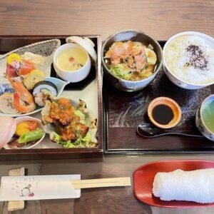 土岐市・肥田川堤防沿いの桜も見ごろ。ここへ訪れるならぜひ、和食「若竹」さんの松花堂ランチもご一緒にお楽しみください。季節感のある料理の数々に1320円でこのボリュームはお得。